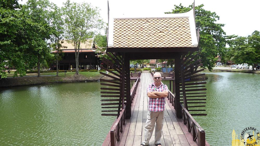Acceso a Templo Templo Wihan Phra Mongkhon Bophit (Ayuthayya)