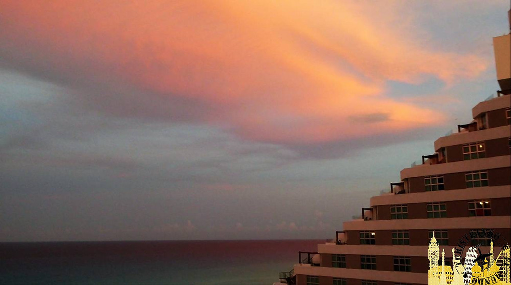 Atardecer Hotel Me Meliá Cancún (México)