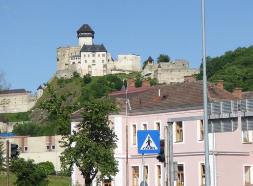 Trencín y su castillo (Eslovaquia)