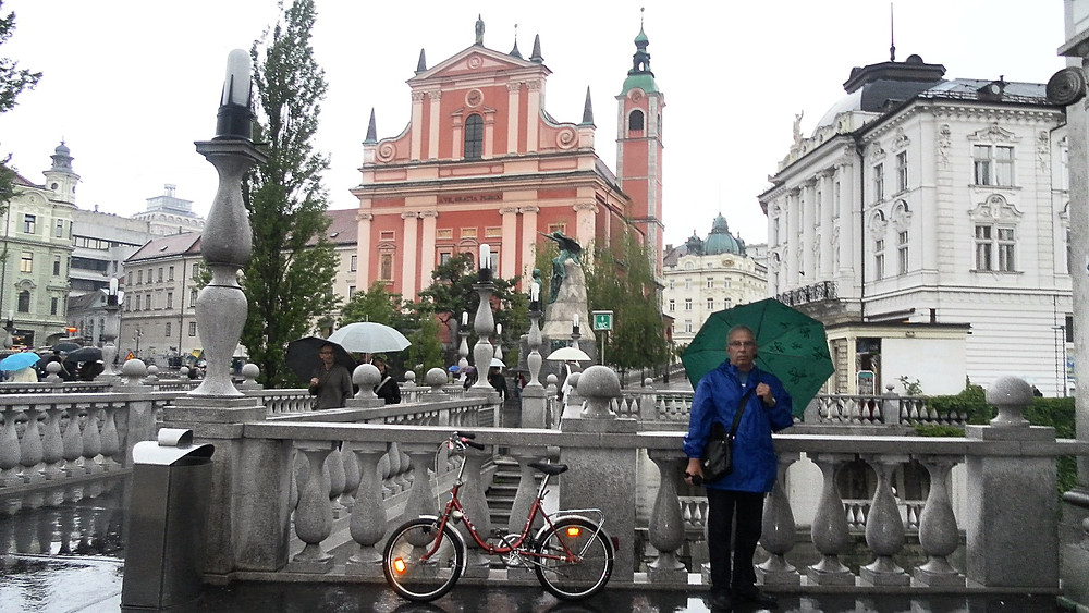 Liubliana (Eslovenia). Triple Puente e Iglesia de la Asunción