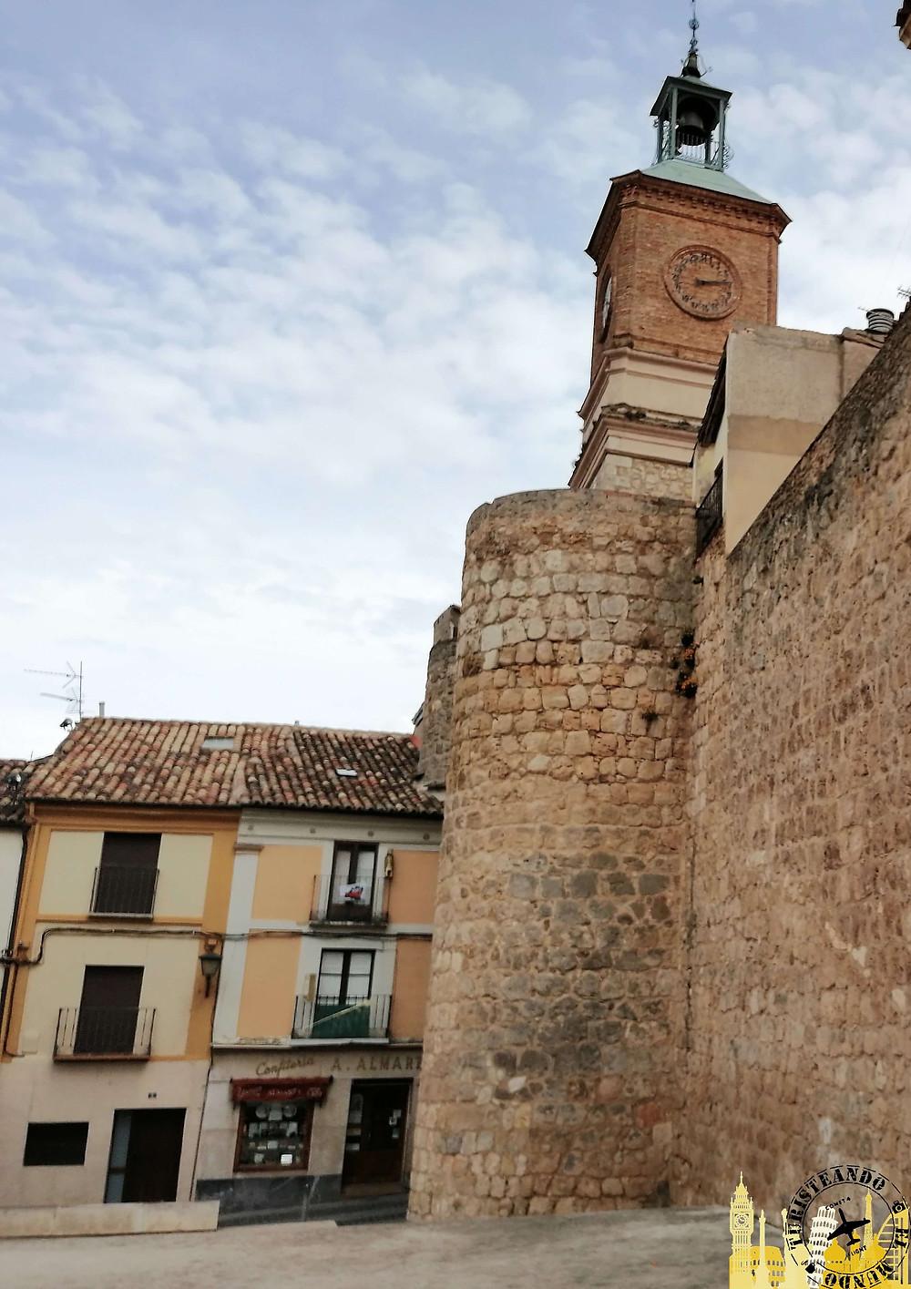 Murallas en Almazán  (Soria). Castilla-León