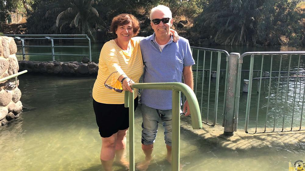 El Río Jordán en el Mar de Galilea, Israel