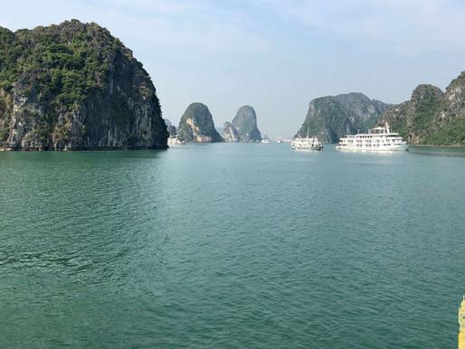 La Bahía de Halong (Unesco), fascinante maravilla natural de Vietnam.