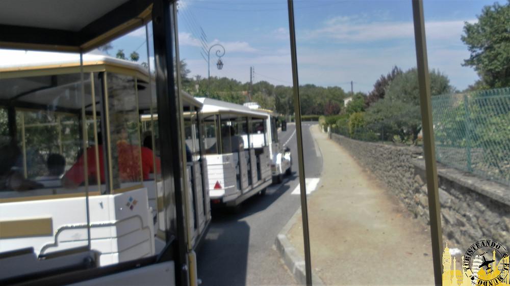 Tren turístico. Carcassonne (Francia)