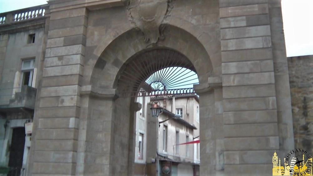 Puerta de los Jacobinos. Carcassonne (Francia)