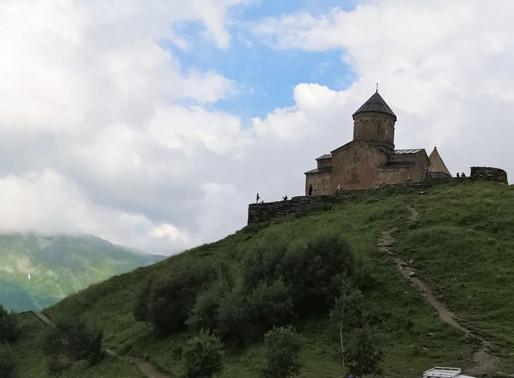 La Carretera Militar Georgiana y Ananuri (Lista Indicativa Unesco).