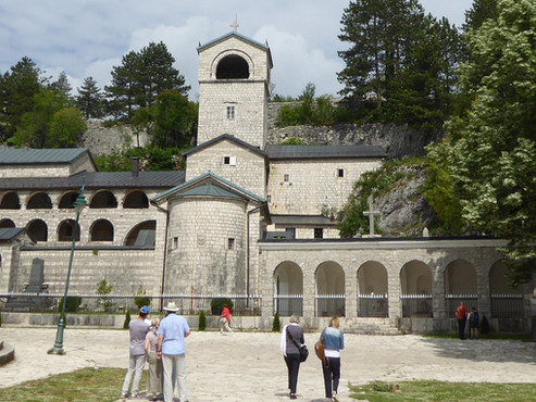 Cetiña o Cetinje (Unesco), la antigua capital de Montenegro.