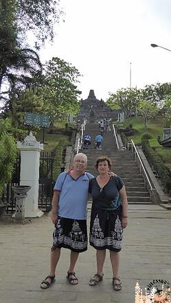 Acceso a Templo de Borobudur (Java)