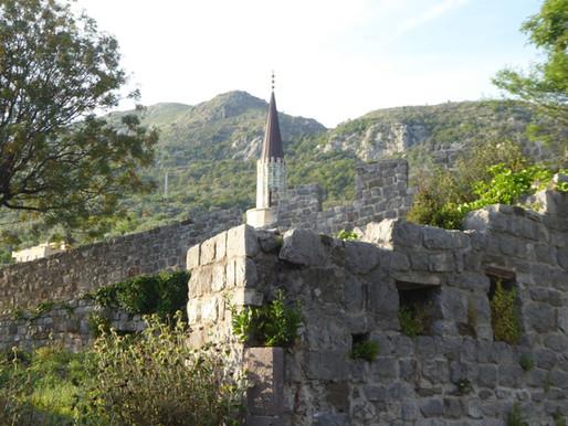 Bar y Stari Bar (Unesco), costa adriática de Montenegro.
