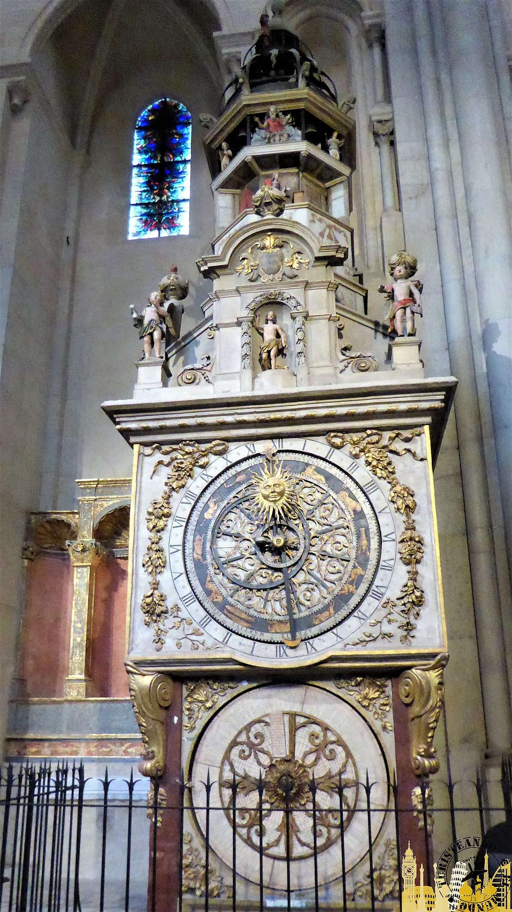 Catedral de Saint Jean. Reloj astronómico. Lyon (Francia)