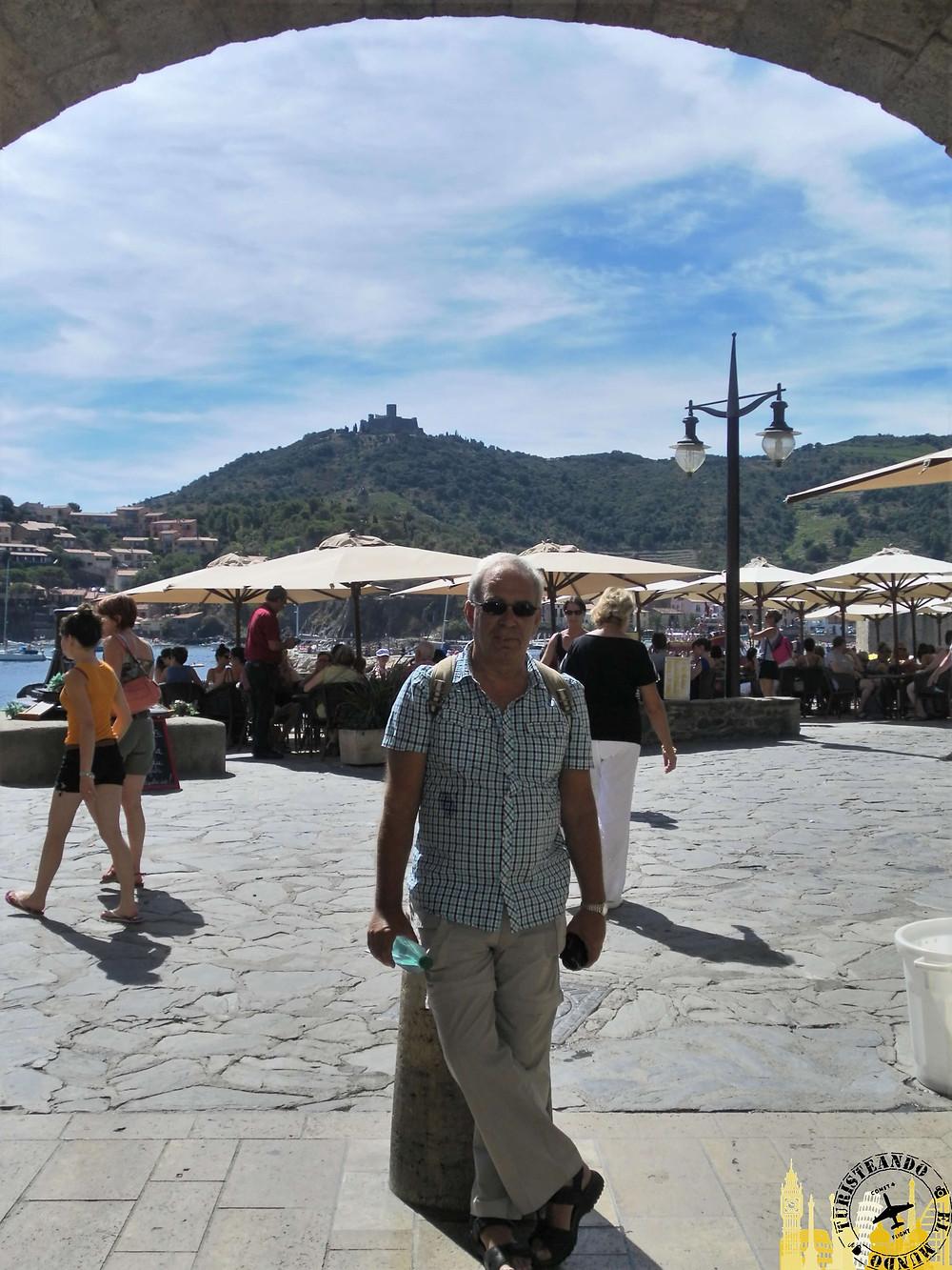 Collioure (Francia). Al fondo Fuerte de San Telmo