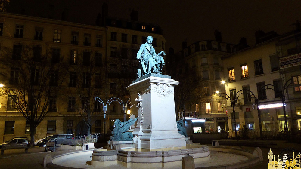 Plaza de Àmpere, Lyon (Francia)