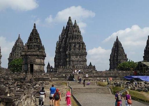 Los asombrosos Templos de la isla de Java: Prambanan y Borobudur (UNESCO). Indonesia