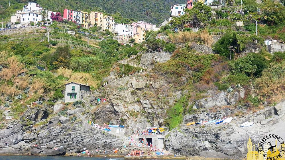 Cinque Terre (Italia). Corneglia