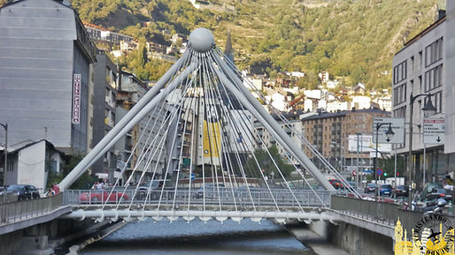 Ruta en coche de 12 días por el País Cátaro: España, Andorra y Francia.