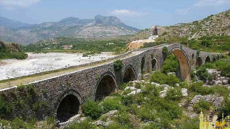 Puente Mes. Shkoder (Albania)