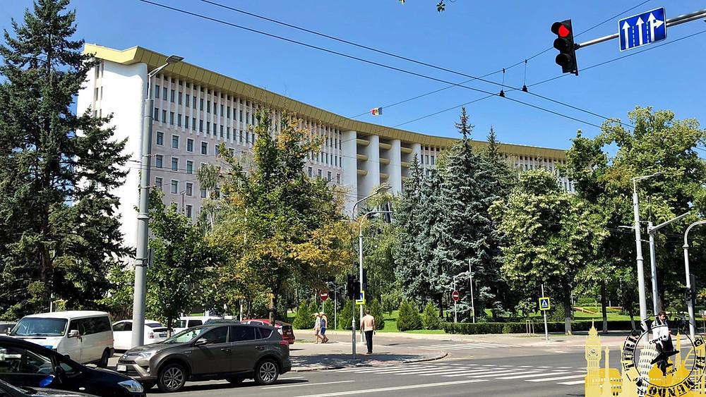 Edificio Parlamento. Chisinau (Moldavia)
