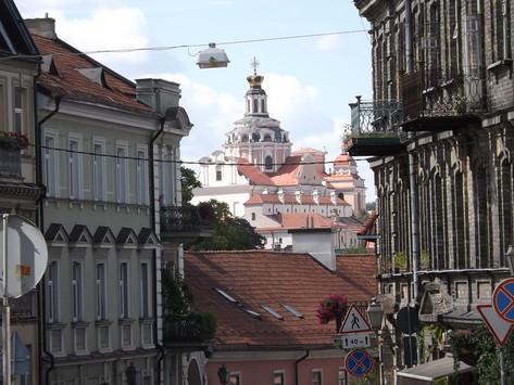 Ruta del Ámbar. Vilnius y la República independiente de Uzupis (Lituania).