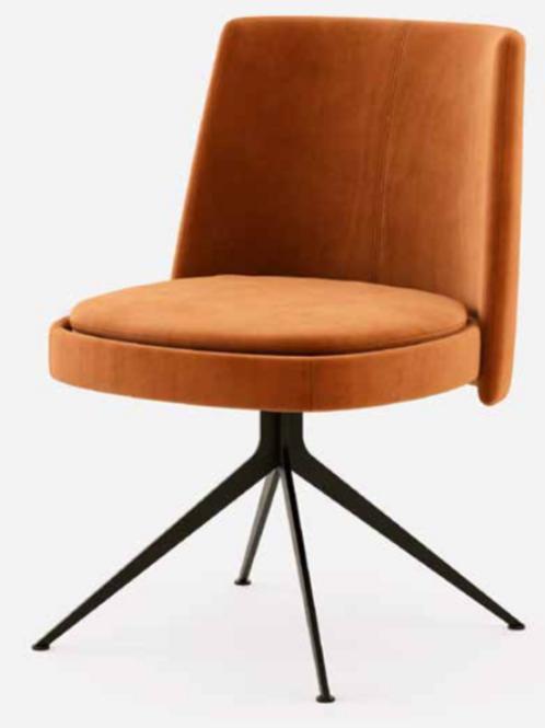 Nouveau Chair