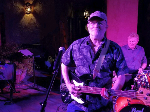 4/22 Outdoors: Rock Oldies with Heartbeat