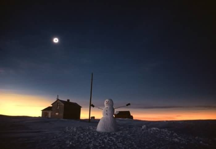 Total Solar Eclipse and Snowman (large)