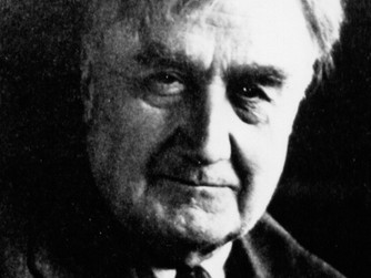 "Ralph Vaughan Williams, ""English Folk Song Suite"""
