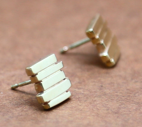 Yellow Gold 5 Bar Fence Studs