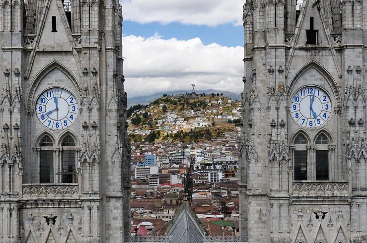 sa_Quito-Viewpoint