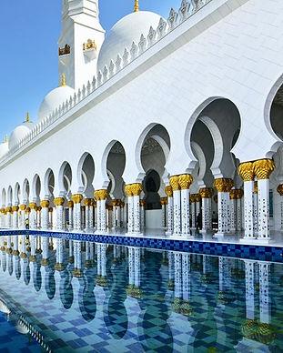 Dubai_Abu-Dhabi-Temple_02.jpg