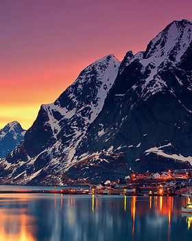 header_Norway_Reine_5826 × 1785.jpg