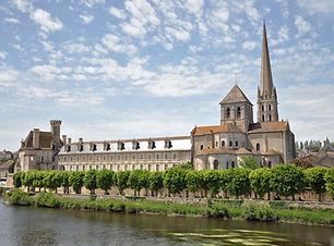 London_Abbey-Church of Saint-Savin .JPG