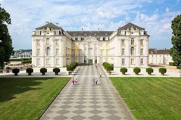 Schloss+Augustusburg+in+Brühl,+Ostseite