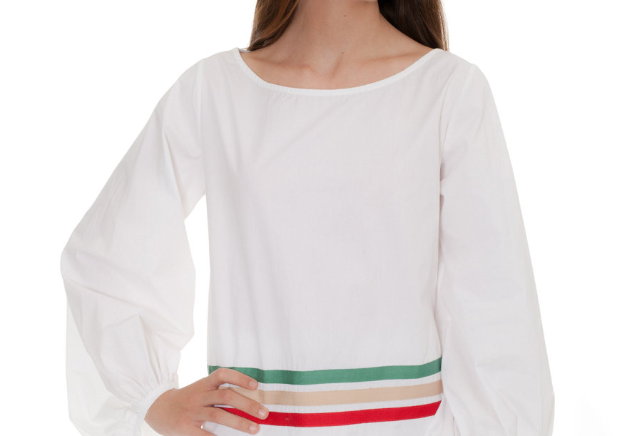 WHITE BLOUSE THREE COLOR RIBBONS