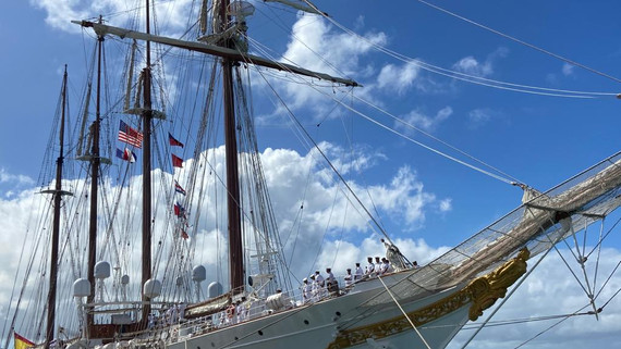 Spanish tall ship departs Guam