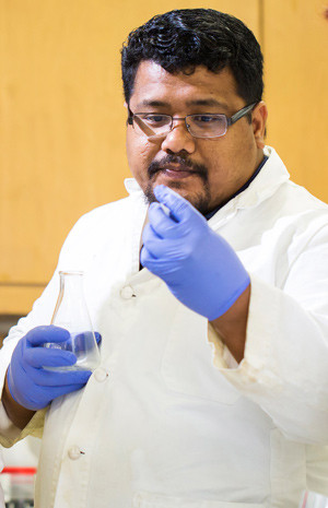 Dr. Bwarenaba Kautu