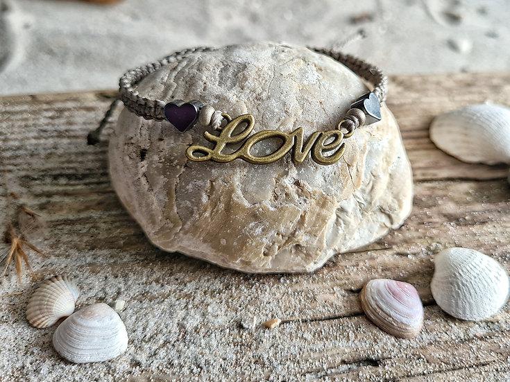 Makramee Armband Love braun