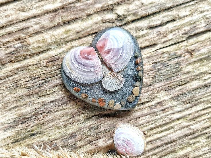Strandgut Magnet Muschelherz grau