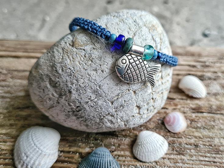 Makramee Armband Fisch dunkelblau