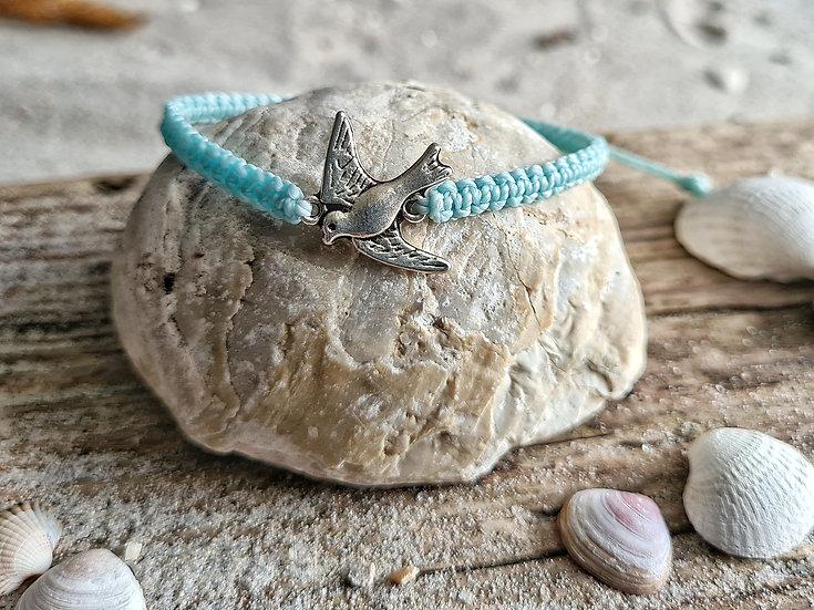 Makramee Armband Möwe hellblau