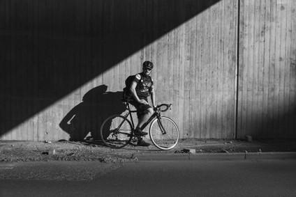 Alexander Graf Fotografie & Grafik Wuppertal Fotograf Portrait Fahrradkurier