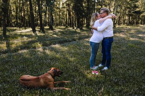 Paarshooting-Verlobungsshooting-emotional-authentisch-Münster-outdoor-Wahner Heide Haltern-Momentonia
