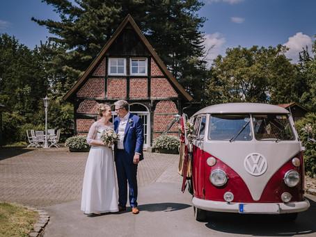 DIY Vintage Hochzeit / Münsterland & Emsland / VW Bulli Tour / Bauernhof Hochzeit