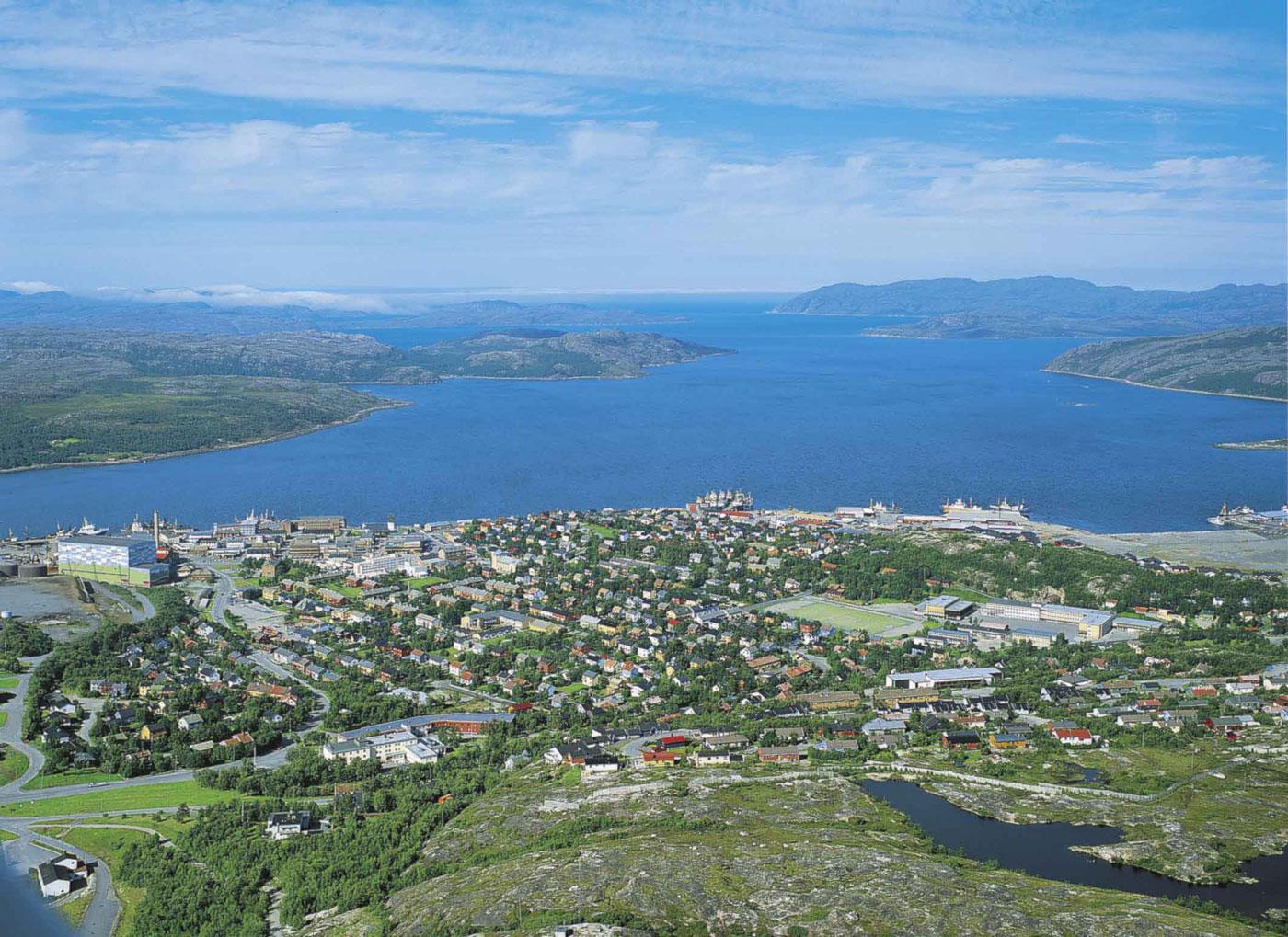 Kirkenes og Bøkfjorden