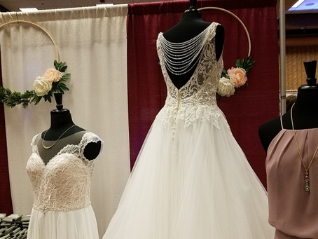 How to Survive a Bridal Show