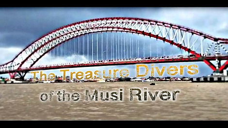 The Treasure Divers of the Musi River_20