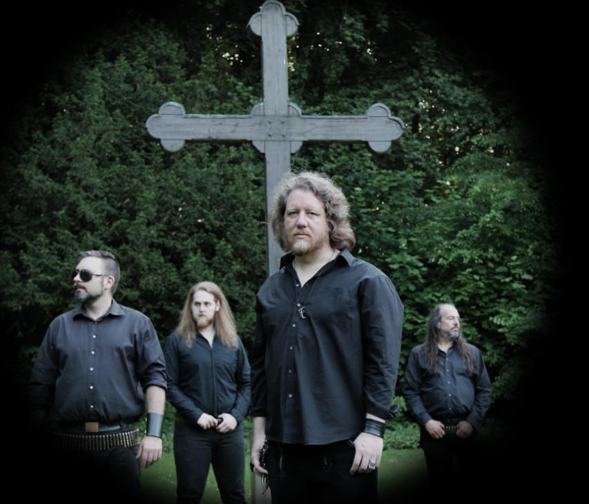 Moontowers-Band-Kreuz-klein.jpg