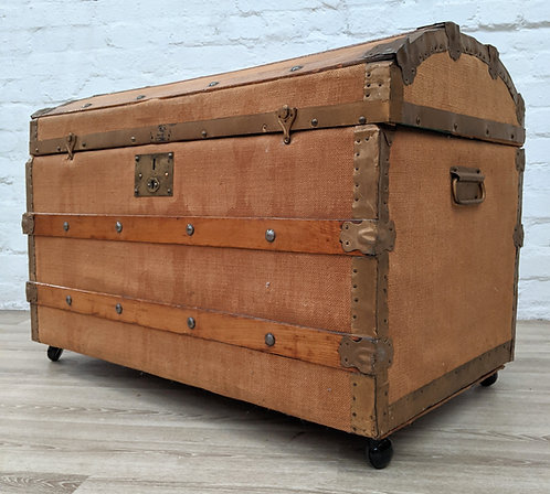 Vintage Dome Top Trunk