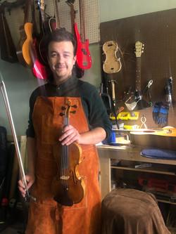 Robert Gucwa, luthier
