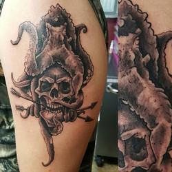 #tattoosbydynamite #tattoo #blackandgreytattoo #octopustattoo #octopus #skulltattoo #skull #realism
