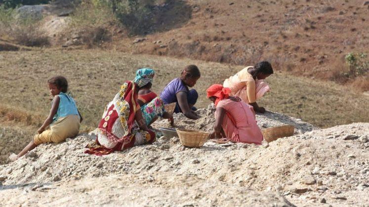 Mica mining - The Bharatiya Magazine